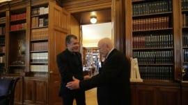 Σταύρος Θεοδωράκης, Κάρολος Παπούλιας, επίσκεψη, Πρόεδρος της Δημοκρατίας
