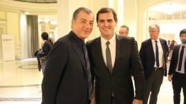 Ο Σταύρος Θεοδωράκης με τον Άλμπερτ Ριβέρα