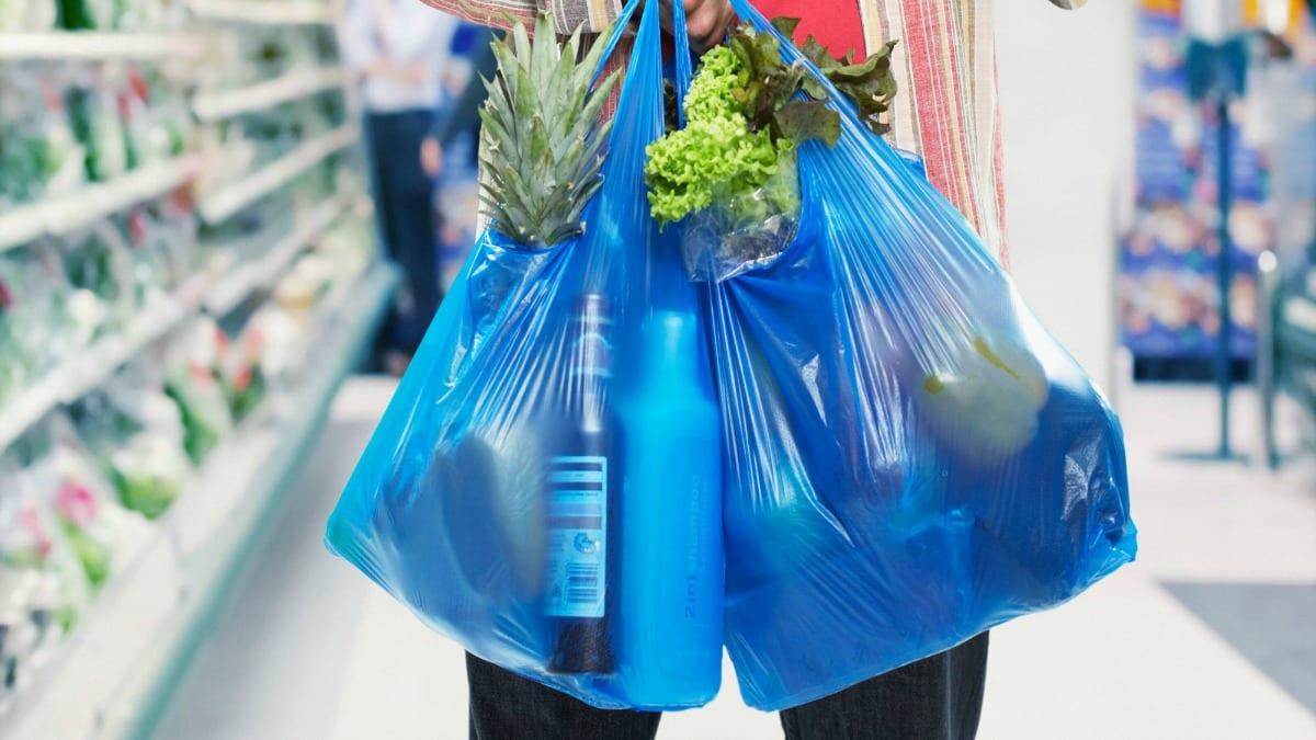 plastikes tsantes plastic bags
