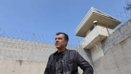 Σταύρος Θεοδωράκης, φυλακές