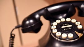 τηλέφωνο, telephone