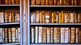 books minimal