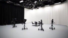 camera studio minimal