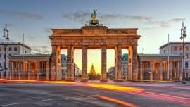Brandenburg Gate Berlin street verolino