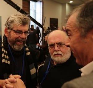 Κωστής Μπιτζάνης και Γιάννης Παπανικολάου συνομιλούν με τον Σταύρος Θεοδωράκη
