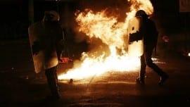 mat via epithesi molotov