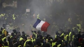 yellowvests2122018-1068x715