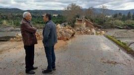 Ο Σταύρος Θεοδωράκης με τον Αντιπεριφερειάρχης Χανίων Αποστόλης Βουλγαράκης